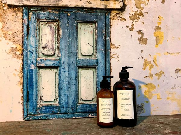 Benjamin Scott Spa Products Luxury Hand and Body Lotion Bath and Body Wash with Pure Essential Oils and 24 Karat Gold and Aloe Lavender Grapefruit Frankinsence